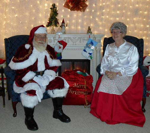 Santa and Mrs. Claus visit